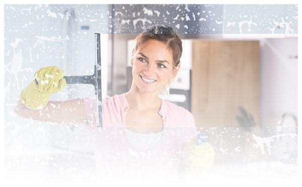 Mycie przeszkleń, luster